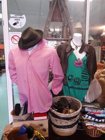 Du textile (vêtements/sacs/chaussures/accessoires...)