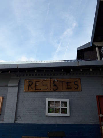 Resistes Ressuorcerie Boutique